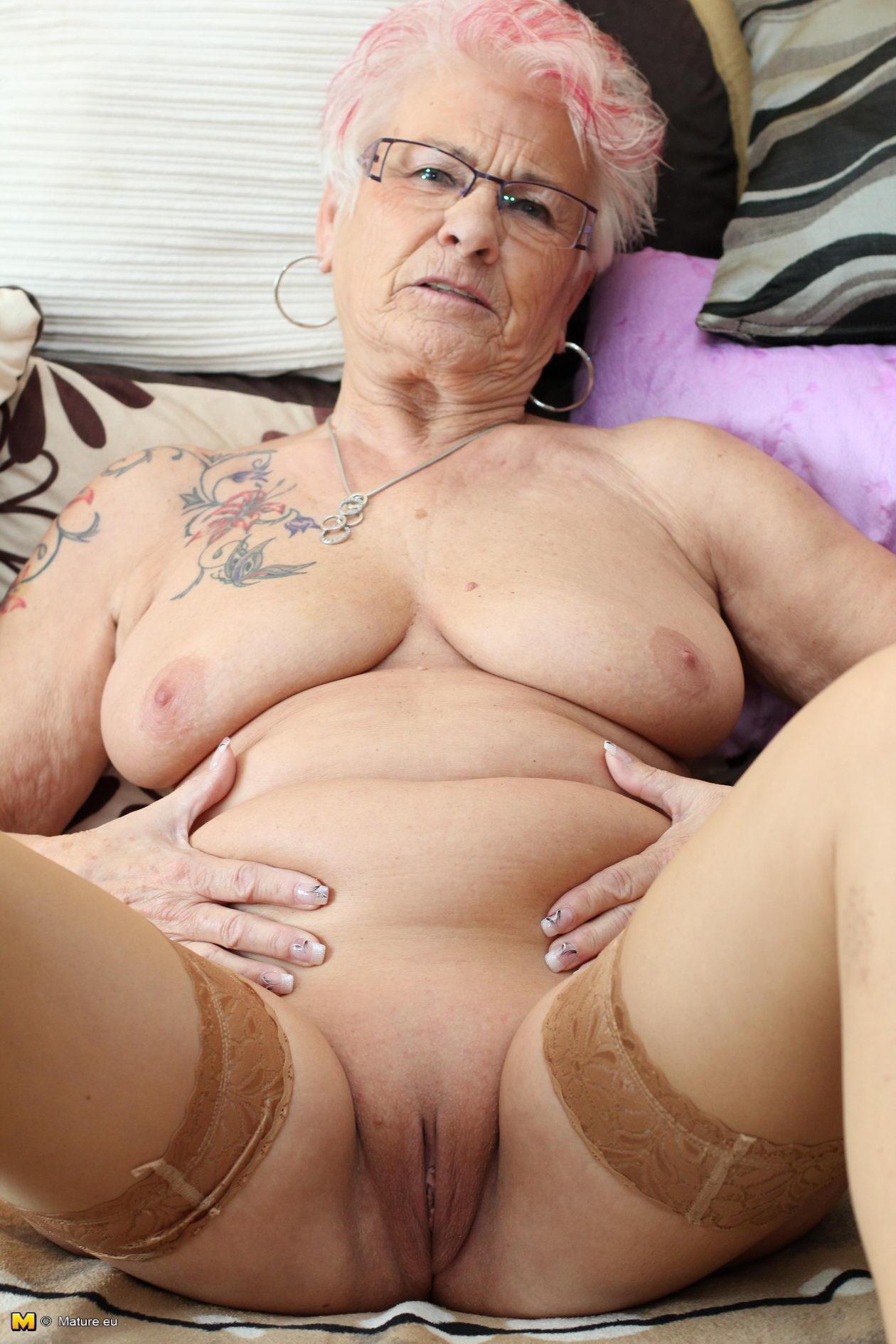 Reife Oma Porno