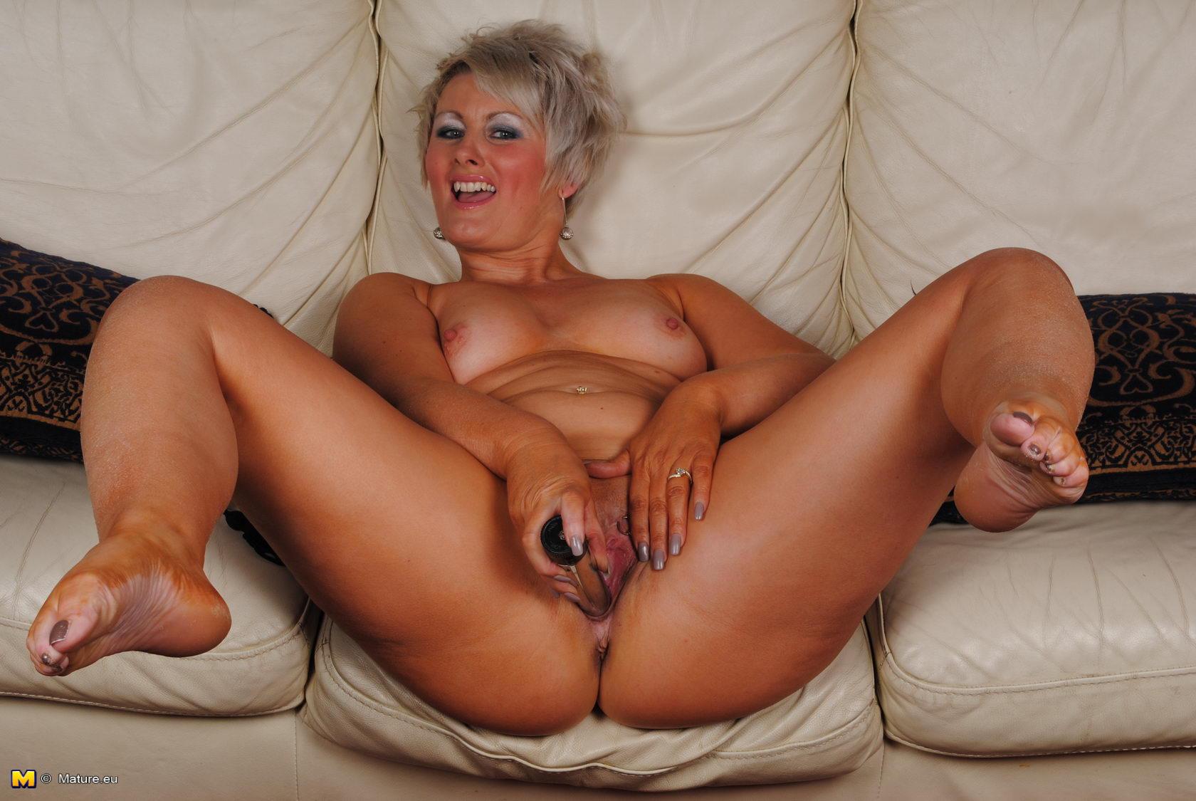 Соло зрелая мастурбация, Соло - Caramel Matureвидео 11 фотография